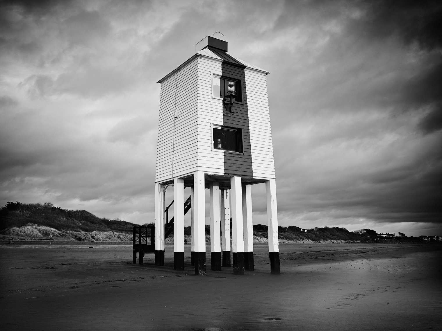 Jon Wyatt Photography - The Low Lighthouse on the beach at Burnham-on-Sea, Somerset