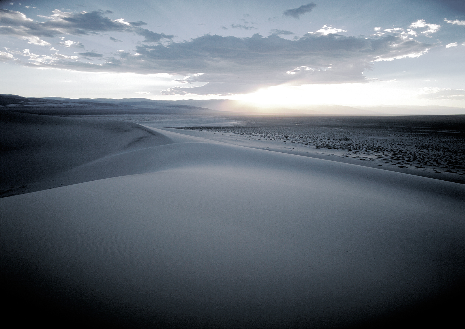 Jon Wyatt Photography - sand dunes in Death Valley, USA