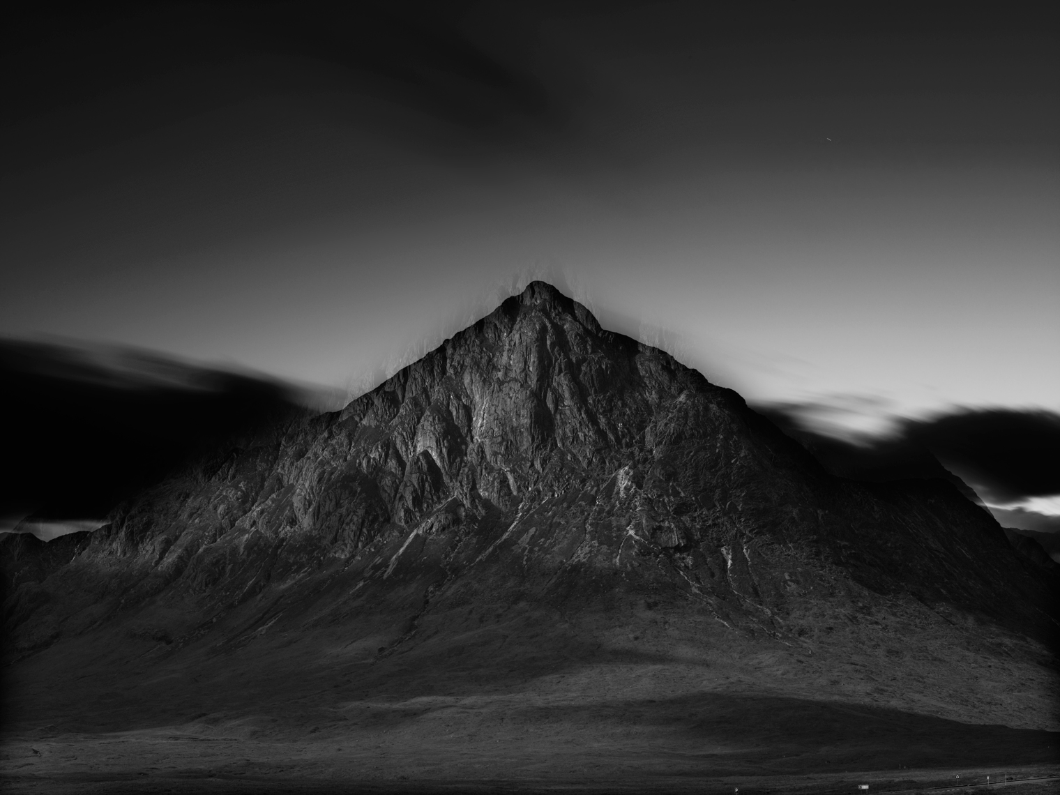 Jon Wyatt Photography - Buachaille Etive Mor at night, near Glencoe, Scotland.  Site of 3 fatalities in an avalanche in 2009.