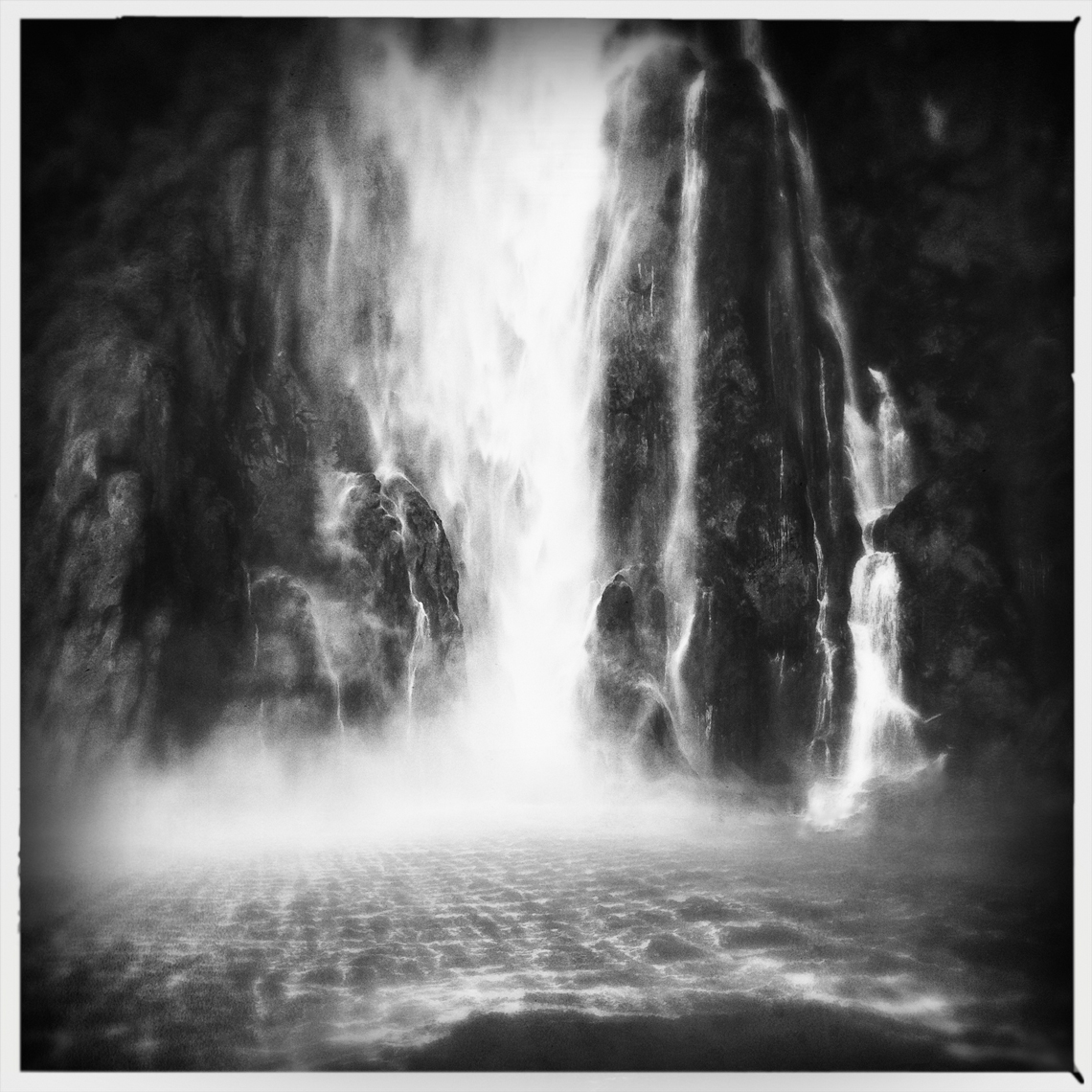 Jon Wyatt Photography - waterfall in Milford Sound, New Zealand