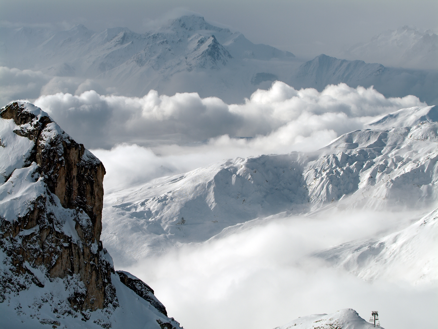 Jon Wyatt Photography - Snow-covered mountains in La Plagne backcountry, France